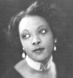 Little Known Actors - Theresa Harris, Theresa Harris - was an African American actress who starred in a number of supporting and or uncredited roles in films between 1929 and Classic Hollywood, Old Hollywood, Black Actresses, Black Actors, Vintage Black Glamour, Black History Facts, African American Women, African Americans, My Black Is Beautiful