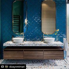 Bathroom design - countertop and flooring made out of terrazzo Decor, Bathroom Lighting, Countertops, Terrazzo, Lighted Bathroom Mirror, Bedroom Design, Bathroom Mirror, Flooring, Bathroom Design
