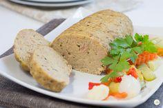 Polpettone di Tonno - semplice e gustoso,accompagnato da una fresca insalata e servito tiepido, è un piacevole piatto unico.