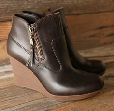 5eb3c79eb17 429 Best UGG Australia images in 2015 | Uggs, UGG australia, Shoes