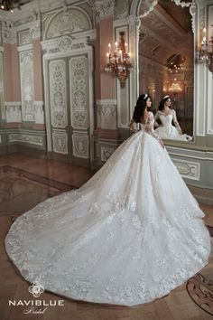 Super Naviblue Royal Collection EU size 40 available for sale Please contact us for p. Fantastico Grande Naviblue Royal Co. Big Wedding Dresses, Princess Wedding Dresses, Elegant Wedding Dress, Bridal Dresses, Lace Weddings, Bridal Lace, Dream Dress, Beautiful Dresses, Ball Gowns