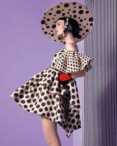 Dice Kayek silk dress, Pamela Mann Jive tights, from UK Tights. Edwina Ibbotson pinokpok-straw hat, Pickett London suede and silk gloves, Dots Fashion, Curvy Women Fashion, Fashion 2020, Fashion Outfits, Womens Fashion, Fashion Poses, Fashion Shoot, Fashion Editorials, Polka Dot Tights