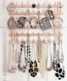 Thread Rack Jewelry Organizer #jewelryorganizer #organize #threadrack