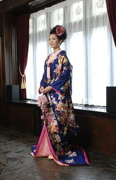 Royal blue wedding kimono