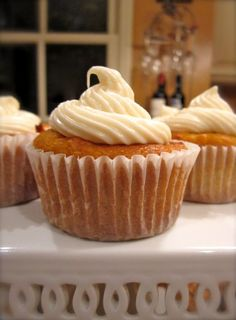 No one needs to know how healthy these are, because they taste like a delicious and decadent cupcake! YUM!!