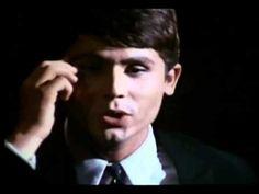 """Raphael - Yo Soy Aquel Spain 1966 """"yo soy aquel, que estando lejos no te olvida el que te espera, el que te sueña aquel que reza cada noche por tu amor"""""""