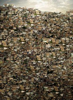 Unimed - Favela. Collage byFernando Alan Silva.