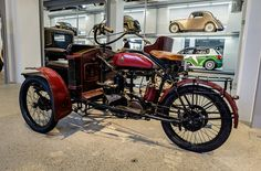 Laurin & Klement type LW tricycle (1911) | by The Adventurous Eye
