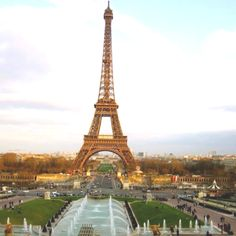 one of the sites Ashley and I will see on our Paris excursion:)
