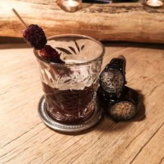 Mechanical Watches for Men and Women Dark Beer, Thirsty Thursday, Blackberries, Mechanical Watch, Skewers, Guinness, Black Velvet, Syrup, Watches For Men