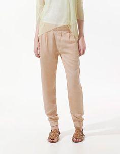 Cuffed trousers by Zara