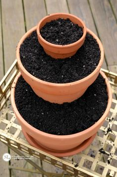 Flower Pot Miniature Fairy Gardens - How to Make a Stacked Tiered Flower Pot Miniature Garden Decorated with accessories and plants. How to Stack Tiered Flower pots Fairy Garden Pots, Gnome Garden, Broken Pot Garden, Garden Kids, Succulents Garden, Planting Flowers, Container Gardening, Gardening Tips, Beautiful Flowers Garden