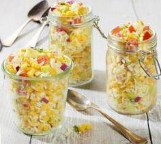 Trakteer+je+gasten+(en+jezelf!!!)+op+deze+tropische+salade+vol+zomers+fruit+en+frisse+groenten.