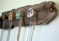Vintage door knobs as hangers...LOVE!