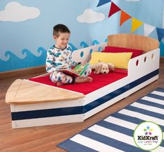 Kinderbett als Boot mit Fach vorn zum verstauen von Spielzeug (70 x 140 cm) gesehen bei myToys