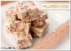 no bake! Halloween Fudge // @mamamissblog