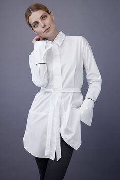 Get Shirty HUNKYDORY Blouse. Read more on our favourite blouses this fall from stockmann.com/inspiroidu #stockmann #inspiroidu