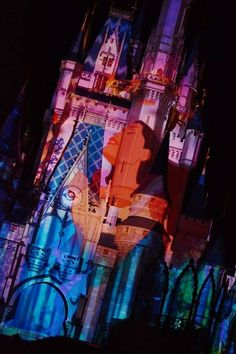 Disney castle projections......awesome  soooooooooooooooooooooooooooooooooooooooooooooooooooooooooooooooooooo cooooooooooooooooooooooooooooool!!!!!!!!!!!!11
