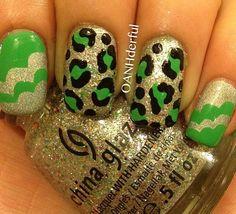 Cloud and leopard print mani by @σαин∂єяfυℓ