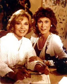 Amanda King and her mother Dotty West Great Tv Shows, Old Tv Shows, Amanda King, Bruce Boxleitner, Detective Shows, Kate Jackson, Cheryl Ladd, Farrah Fawcett, Jaclyn Smith