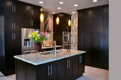 The talented team at KabCo Kitchens designed this space. Featured here, our Pendleton door in maple Espresso. Thanks for making Showplace look GREAT in Florida!  Learn more about KabCo Kitchens: http://www.kabcokitchens.com/ Learn more about our stain offerings on maple: http://www.showplacewood.com/WoodsFin2/woodsM.0.html