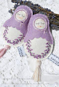 lavender pillows - my dolls - felt/wool