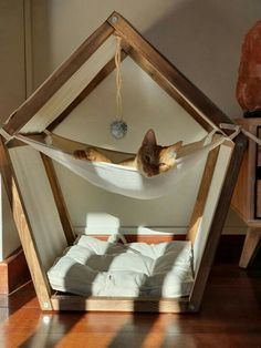 Wood Dog Bed, Wood Cat, Pet Hammock, Hammock Stand, Cat House Diy, Diy Cat Tree, Dog Beds For Small Dogs, Cat Shelves, Cat Room
