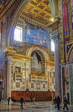 The Pope's Cathedral in Rome, this was the first Christian church ever built. The heads of Sts. Peter and Paul are enshrined in a  baldacchino above the altar.
