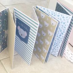 Mini Album Scrapbook, Scrapbook Bebe, Album Photo Scrapbooking, Diy Mini Album, Matchbox Crafts, Diy Crafts For Girls, Bottle Crafts, Mini Scrapbooks, Bassinet