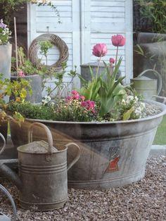 Recyclage créatif pour décorer son jardin! Voici 20 idées récup... - #Decoracionesdejardín #Huertocasero #Huertojardin #Ideasdejardinería #Jardinería #Jardineríaenmacetas #Plantasjardin