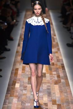 Valentino Fall 2013 Ready-to-Wear Fashion Show - Sasha Luss (Elite)