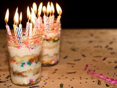 birthday trifle in a jam jar | Mouths of Mums loves this idea for kids birthdays