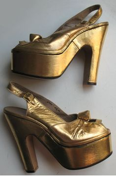 1940s vintage gold platforms, wow, so amazing! Women's vintage fashion accessories footwear shoes