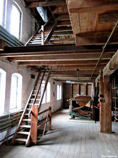 Alte Mühle in Lychen, nach fast 25 jahren Dornröschenschlaf soll sie wieder mit Leben gefüllt werden. Photo by #smgtreppen. www.smg-treppen.de #treppen #stairs #escaleras #restaurieren #oldhouse #beautiful #lychen #wirdenkenmit