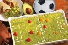 Soccer Field of Guacamole Recipe :: Fresh Hass Avocado Recipes I,m going to make it as a football field! Soccer Theme, Soccer Party, Guacamole Recipe, Avocado Recipes, Soccer Birthday Cakes, 4th Birthday, Soccer Snacks, Potluck Dinner, Football Field