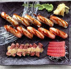 Beef tataki tuna sashimi aburi salmon and kingfish nigiri by @sushiplanetcomau. #sushi #sushiroll #maki #Japanese #foodphotography #wasabi #ginger #nigiri #salmon #tuna #kingfish #beef #tataki #seafood #goodeats #raw #fish #sashimi by idreamofsushi_