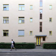 Bruno Taut / Franz Hillinger. Wohnstadt Carl Legien. Prenzlauer Berg, Berlin 1928-1930 Photographer wonderlens | ARScentre
