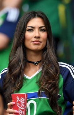 Female Fans of Euro 2016 - Northern Ireland Hot Football Fans, Football Girls, World Football, Soccer Fans, Football Masculin, Fifa, Hot Fan, Irish Girls, Stunning Women