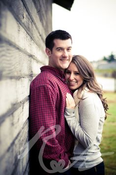Couple portraits in Tacoma by Rebecca Anne Photography.