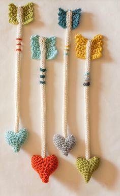 Crochet Heart Arrows     ♪ ♪ ... #inspiration_crochet #diy GB