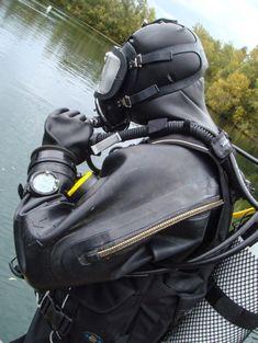 Scuba Wetsuit, Scuba Diving Gear, Diving Suit, Under The Kilt, Gorgeous Ladies Of Wrestling, Technical Diving, Rubber Catsuit, Bike Leathers, Heavy Rubber