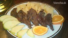 Chrumkavá pečeň s plátkami jablka a pomaranča (fotorecept)