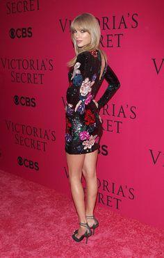Victoria's Secret: ¡La pasarela más sexy del año! Taylor Swift en la pink carpet.