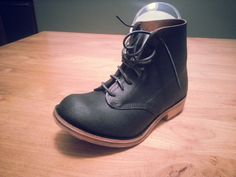 william lennon boot - Google Search Vintage Boots, Vintage Leather, Cycling Shoes, Cobbler, Leather Craft, Leather Boots, Combat Boots, Shoe Boots, Sneakers