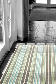 love these indoor/outdoor rugs-- kitchen sink is another fave.