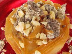μικρή κουζίνα: Φωλιές φύλλου με χαλβά και φουντούκια Waffles, Pudding, Lenten, Breakfast, Desserts, Blog, Breakfast Cafe, Tailgate Desserts, Deserts