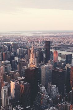 As one of the most visited cities in the world with 58.3 million visitors last year, NYC continues to define tourism trends, while the 8.4 million locals pride themselves on originality. So find out who goes where and know which places to avoid if massive crowds aren't your thing.