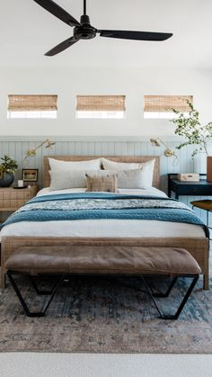 Guest Bedroom Decor, Airy Bedroom, Small Room Bedroom, Guest Bedrooms, Dream Bedroom, Home Bedroom, Small Rooms, Budget Bedroom, Master Bedroom Wood Wall