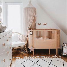 Kid's room   Nursery room Nursery Wall Decor, Baby Room Decor, Nursery Room, Nursery Ideas, Kids Bedroom Furniture, Baby Bedroom, Nursery Inspiration, Barn, Nurseries