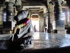 Hoysaleswara temple, Halebid, via Flickr.